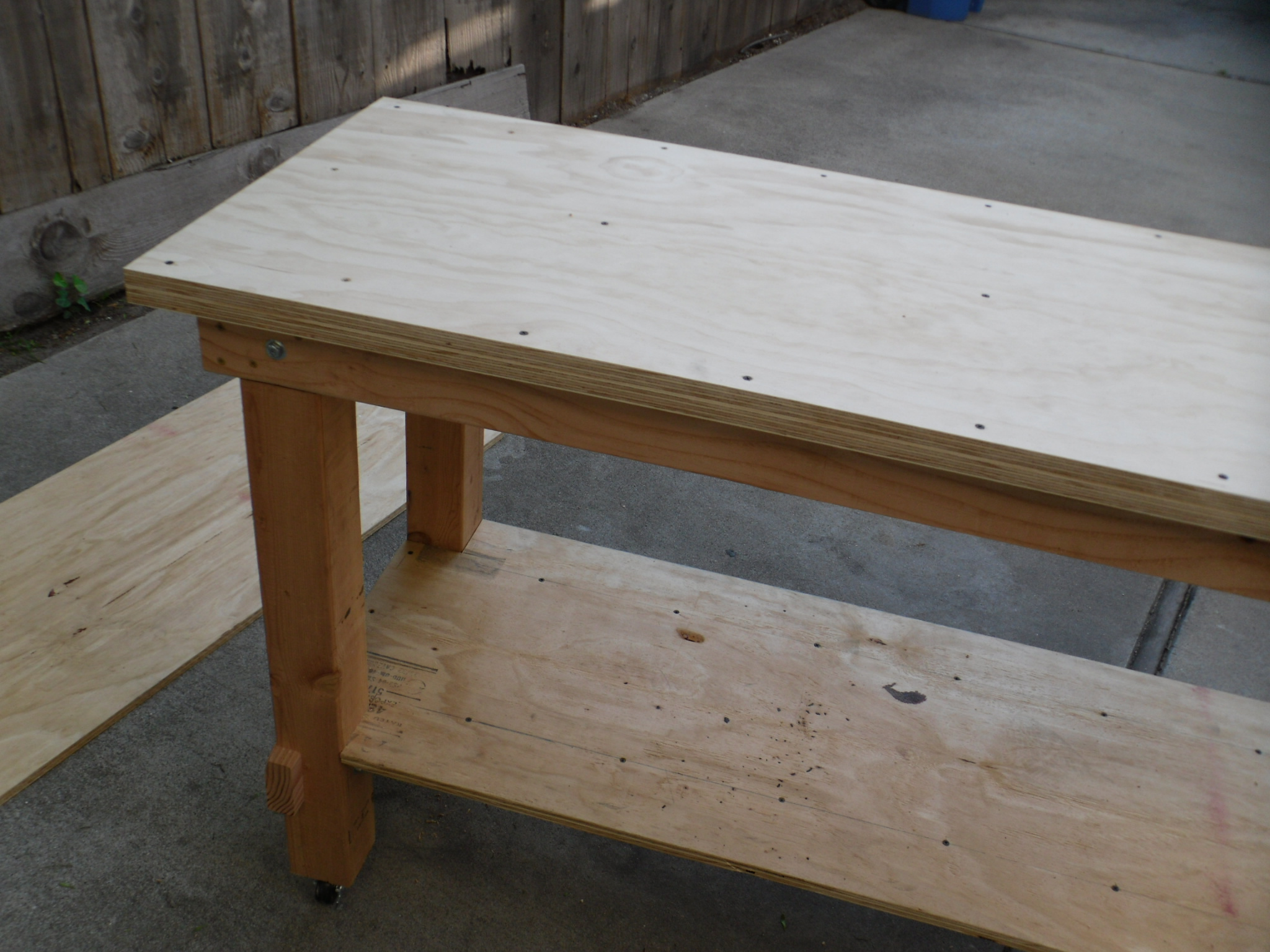 Do it yourself garage workbench plans odi woodworkers for Do it yourself garage plans